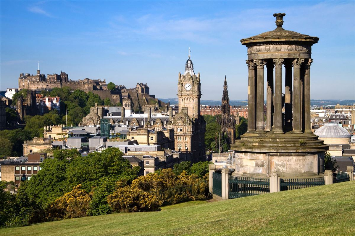 -Edinburgh skyline